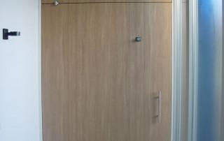 Floor Spring WAB 180 on large pivoting door