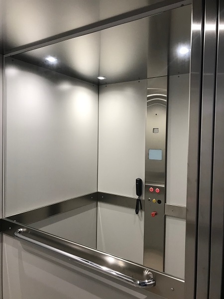 Homelift DHM 500 - Control panel and mirror walls