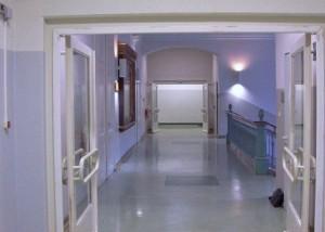 Hold-Open Systems on school doors