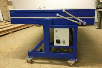 Vacuum press with DICTATOR gas springs