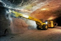 Gate Closer DIREKT – opens heavy cabin doors of mining vehicles