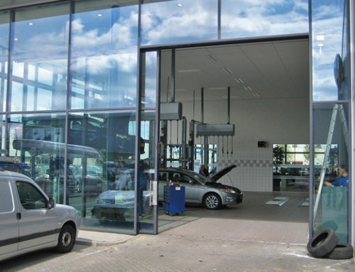 Automated entrance door in car dealership