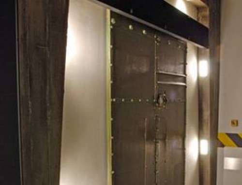 """The Sliding Door Closer DICTAMAT 50 Opens """"Escape"""" Door as if by an Invisible Hand"""